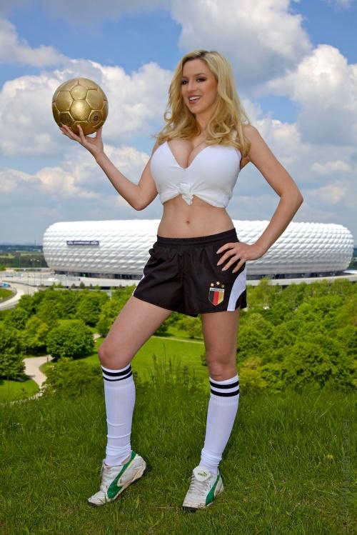 Jordan Carver - Soccer Girl / Джордан Карвер - Футболистка (22 фото)