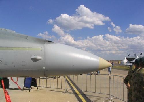Американский истребитель McDonnell Douglas F-A-18 Hornet (43 фото)