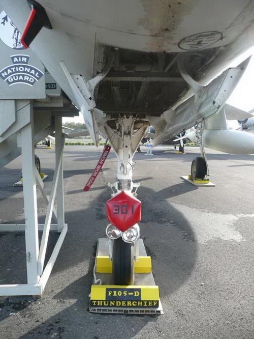 Американский истребитель Republic F-105D-31RE Thunderchief (102 фото)