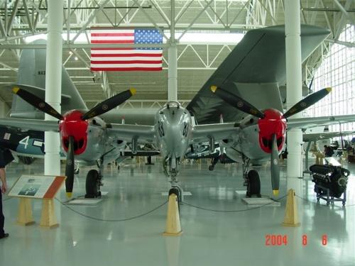 Американский истребитель P-38L-5 (20 фото)