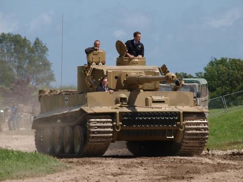 "Немецкий танк ""Тигр"" (27 фото)"