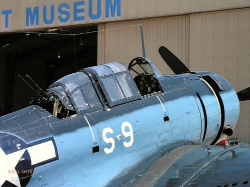 Американский пикирующий бомбардировщик A-24B (42-54682) Banshee (57 фото)