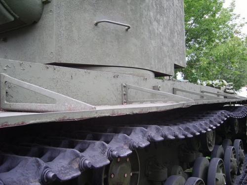 Советский тяжелый танк КВ-2 (42 фото)