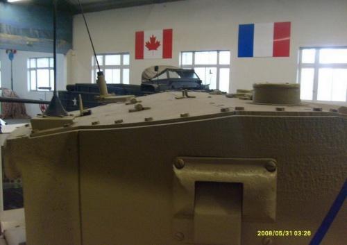 Английский пехотный танк Valentine (73 фото)