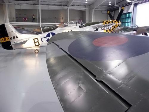 Английский истребитель Supermarine Spitfire Mk.IXe (123 фото)