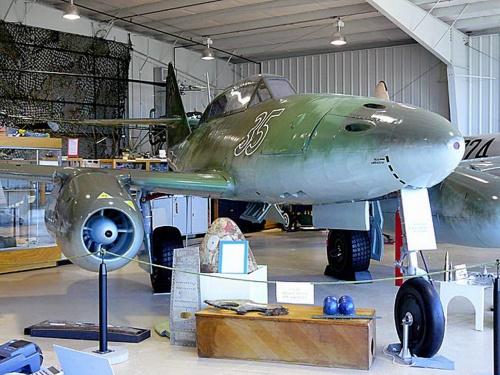 Немецкий реактивный истребитель Messerschmitt Me 262B (110 фото)