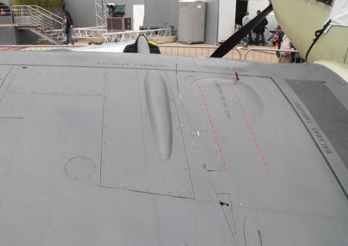 Анклийскии палубный истребитель Supermarine Seafire SX 336 (28 фото)