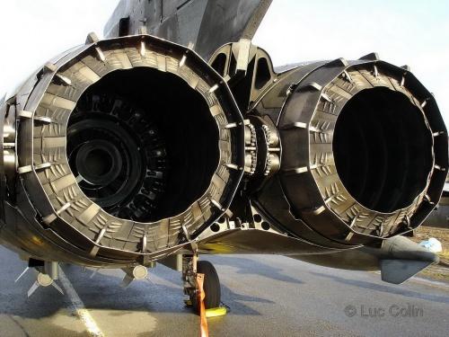 Европейский истребитель-бомбардировщик Tornado ECR (56 фото)