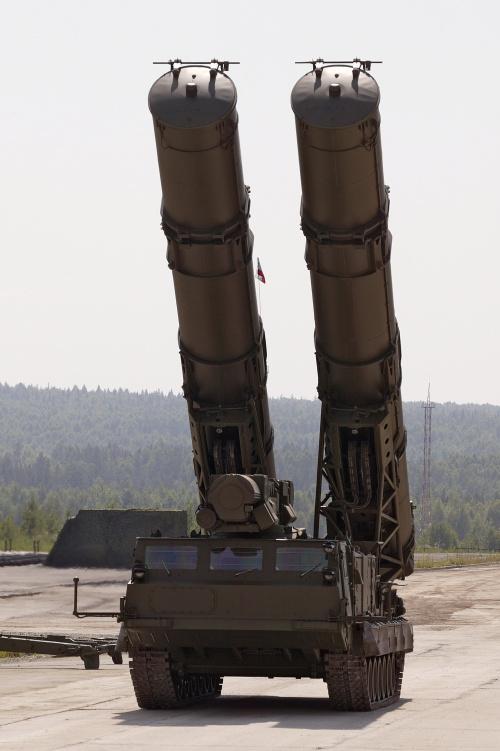 Зенитно-ракетная система С-300В (16 фото)