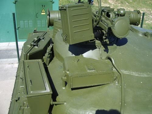 Советский основной танк Т-80Б (43 фото)
