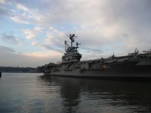 Американский авианосец USS Intrepid CVA-11 (168 фото)