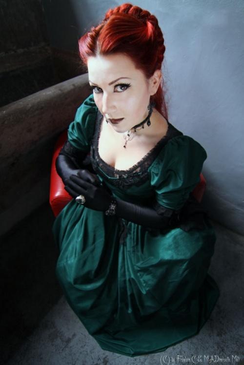 Готика, стим панк, эмо и викторианская эпоха в работах Frowe Minahild (ник - MADmoiselle Meli) (406 работ)