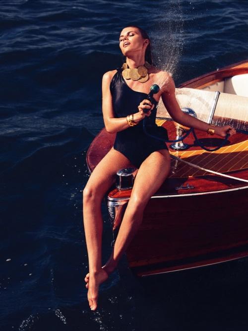 Марина Линчук для Vogue Germany (13 фото)