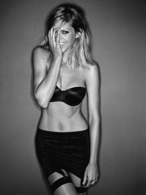 Tricia Helfer (33 фото)
