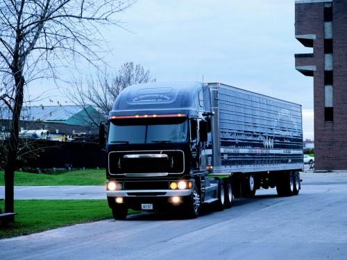 Freightliner - американский производитель грузовых автомобилей (132 фото) (1 часть)