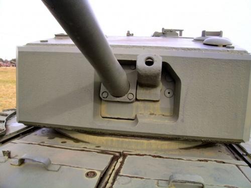 Английский тяжелый танк Churchill MkIII (69 фото)