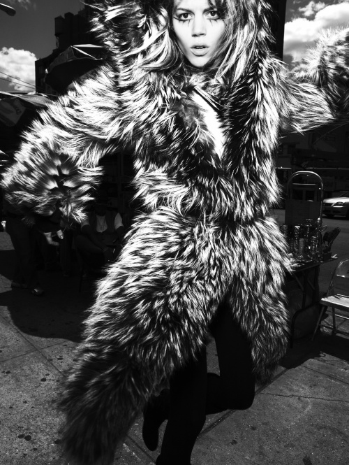 Mario Testino Photoshoots (171 фото) (5 часть)