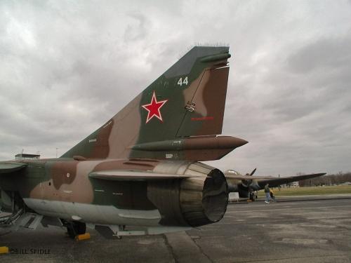 Советский истребитель МИГ-23МЛД (49 фото)