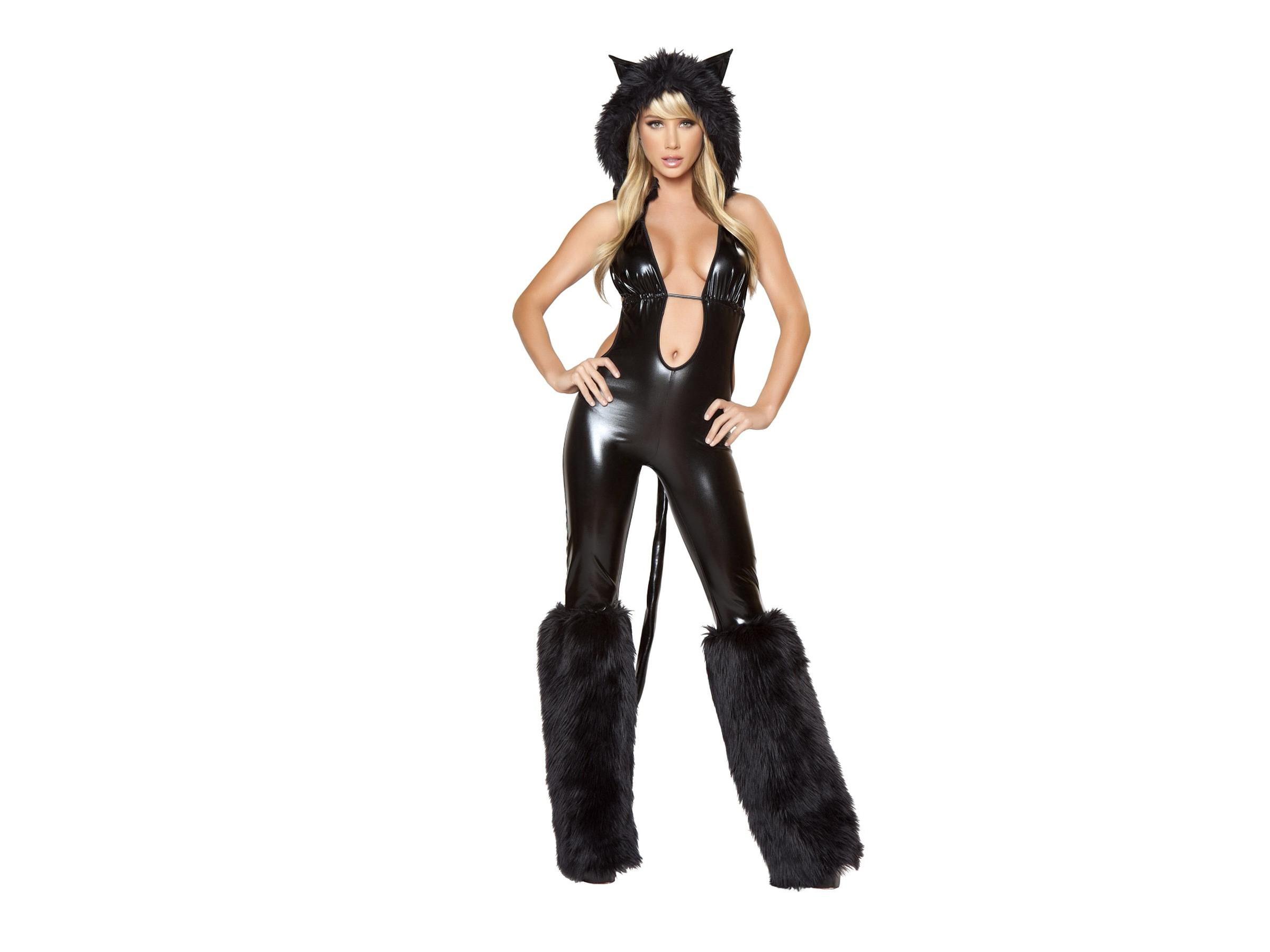 Как сшить костюм женщины кошки для куклы 28