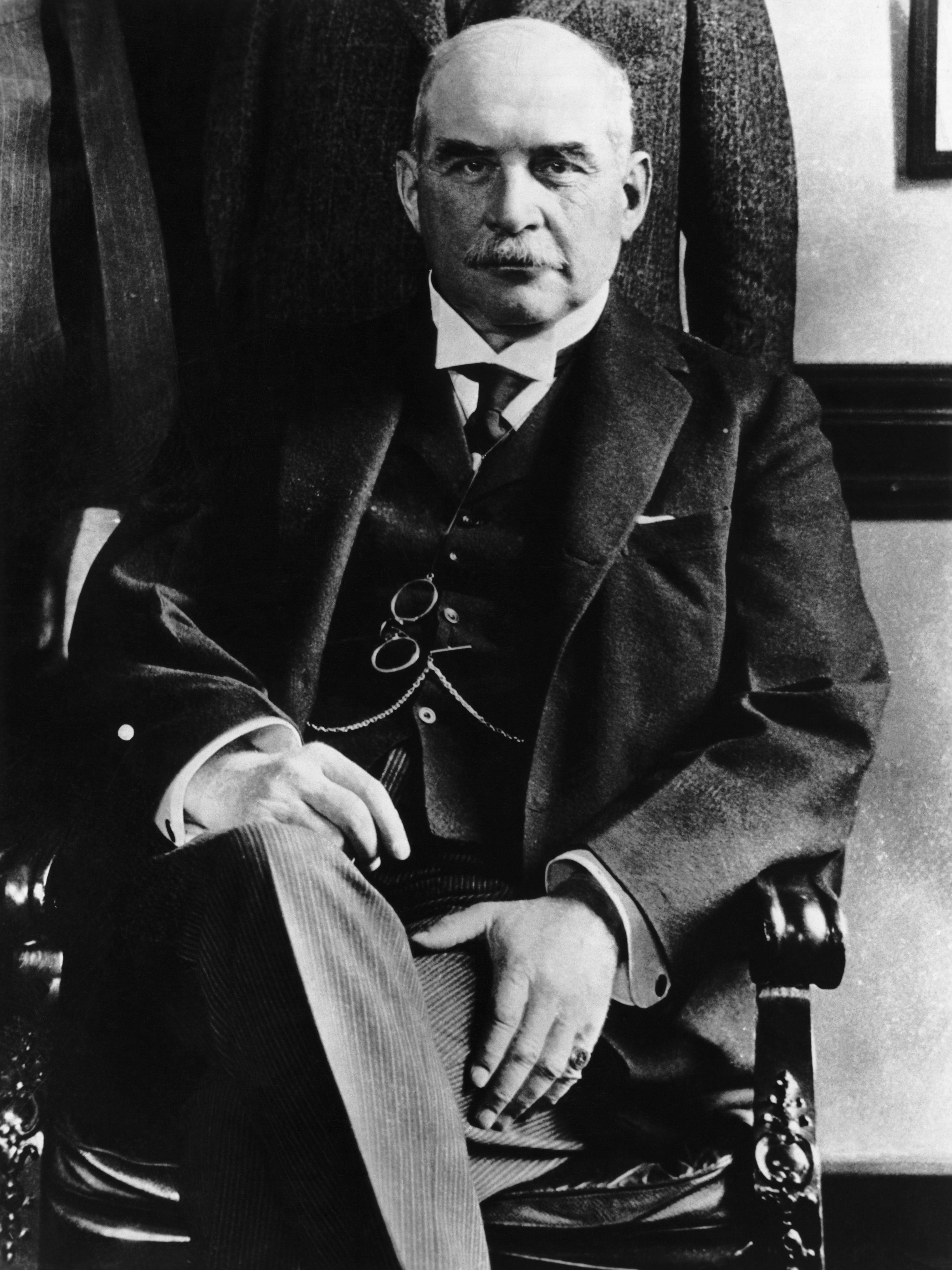 the biography of john pierpont morgan the businessman