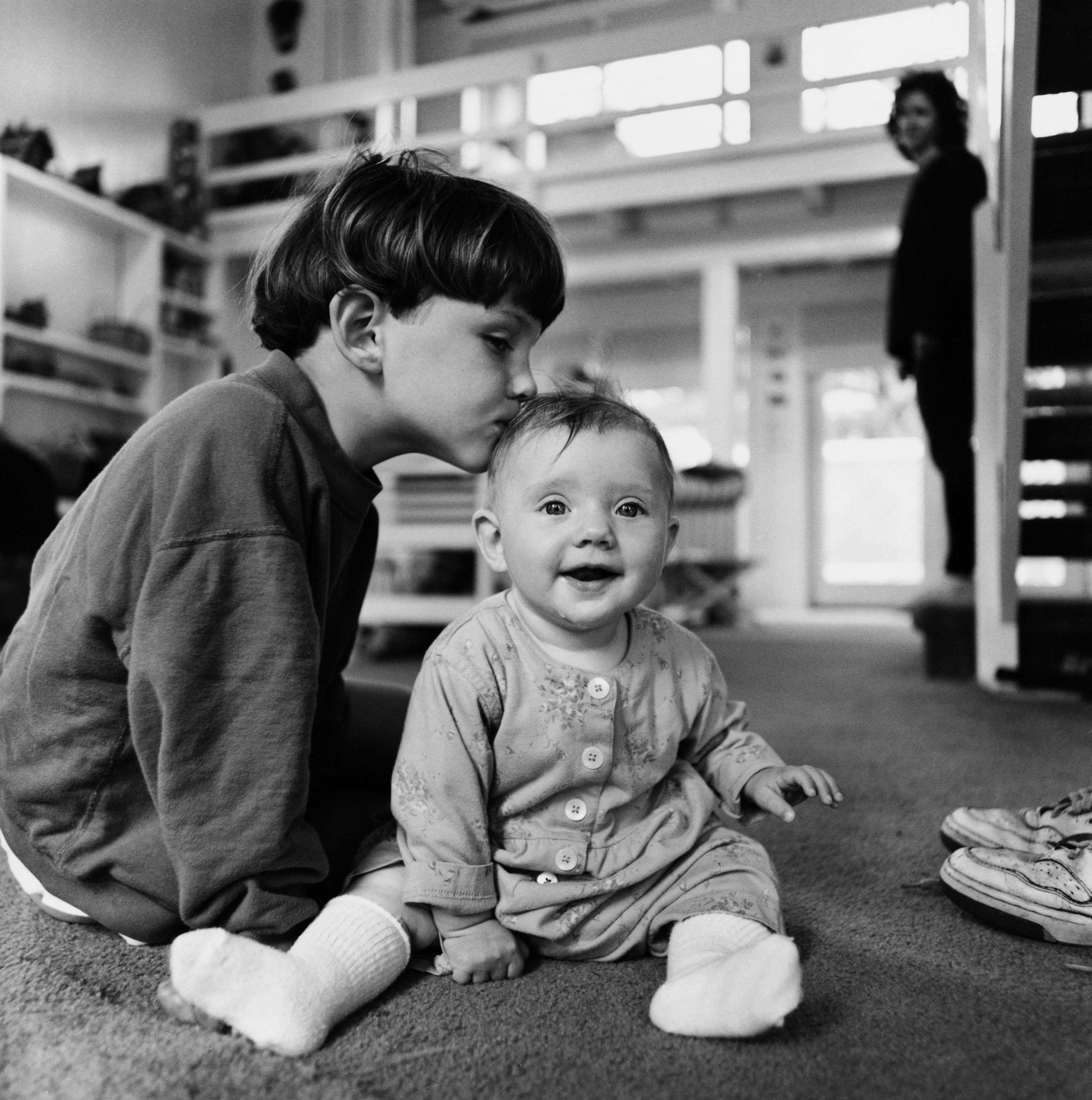 Ретро сестра с братом 6 фотография