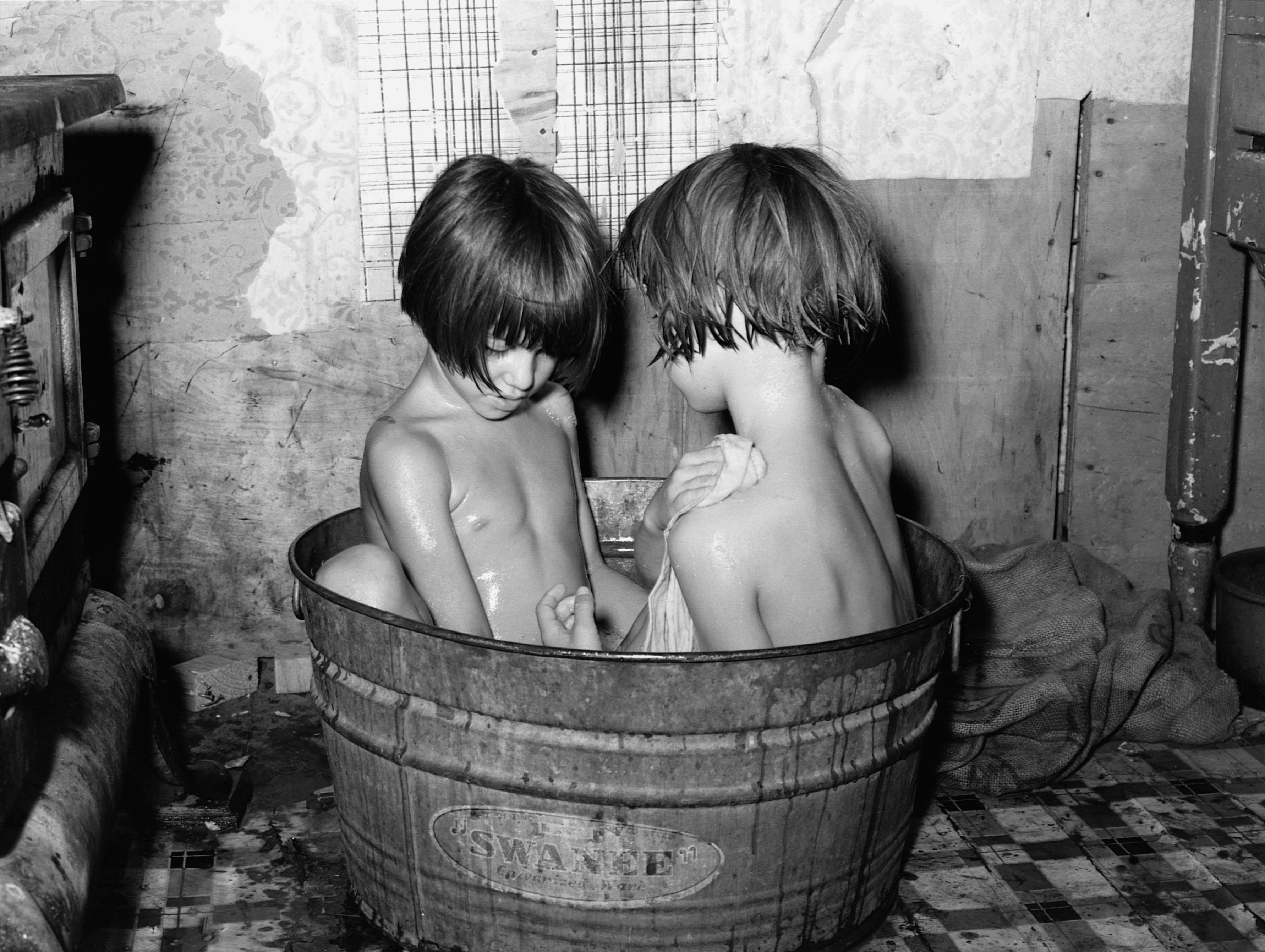 Чёрно белые фото натуристов бесплатно 2 фотография