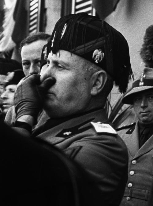 Мировая история в черно белых фотографиях часть 3 (616 фото)
