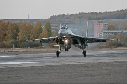 Первый полет второго Су-35 (12 фото)