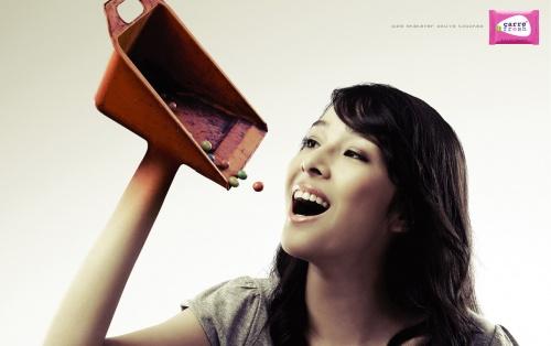 Прикольная реклама в картинках часть 3 (307 фото)
