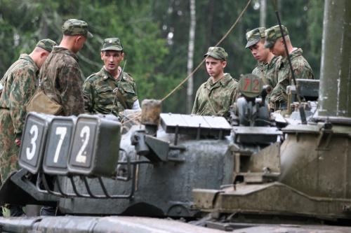Подводные вождения танков Т-80 (14 фото)