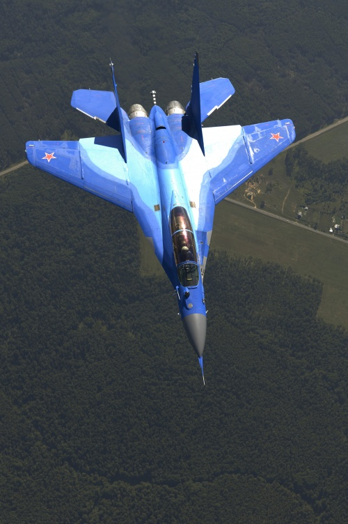 Истребитель МиГ-29 (20 фото)
