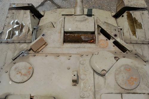 Фотообзор - английский пехотный танк Valentine MK9 6pdr (83 фото)