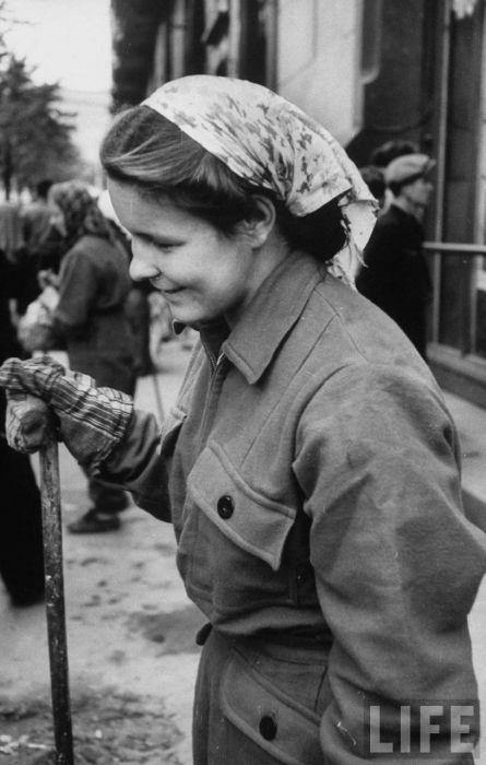 Москвички пятидесятых (52 фото)