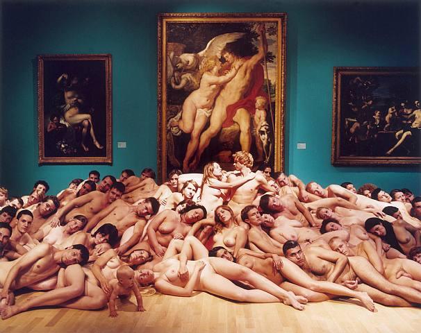 eroticheskie-massovie-foto