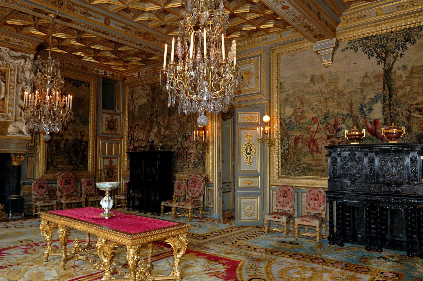 Фото дворцов и замков интерьеры