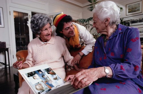 Картинки людей (пап, мам, детей, дедушек, бабушек, семей) (55 фото)