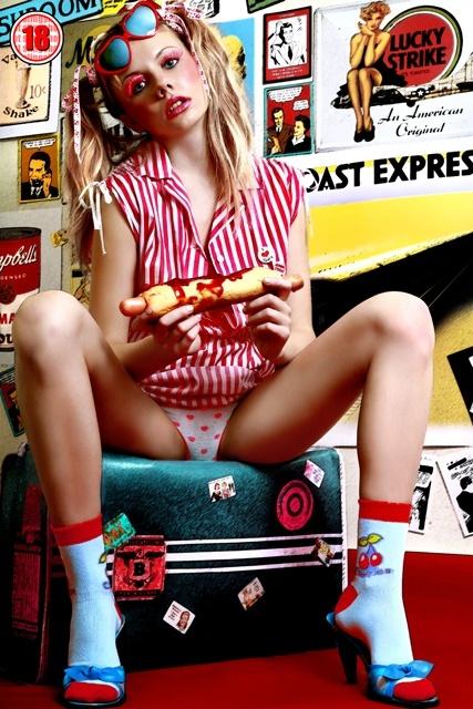 Девчонки от Julian Knight (27 фото) (эротика)