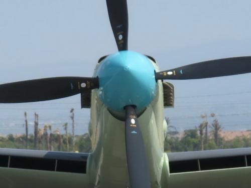 Английский палубный истребитель Fairey Firefly AS.Mk 6 (36 фото)
