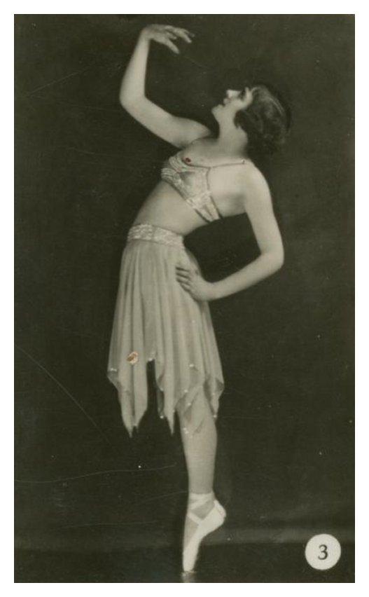 Танцовщицы в обнаженке фото 620-382