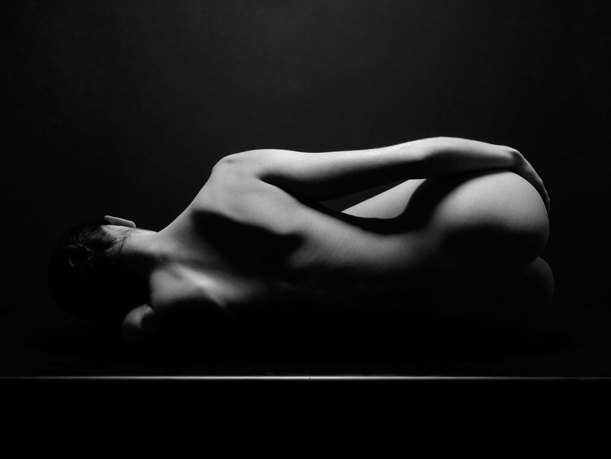 Фото черная белая эротика 21 фотография