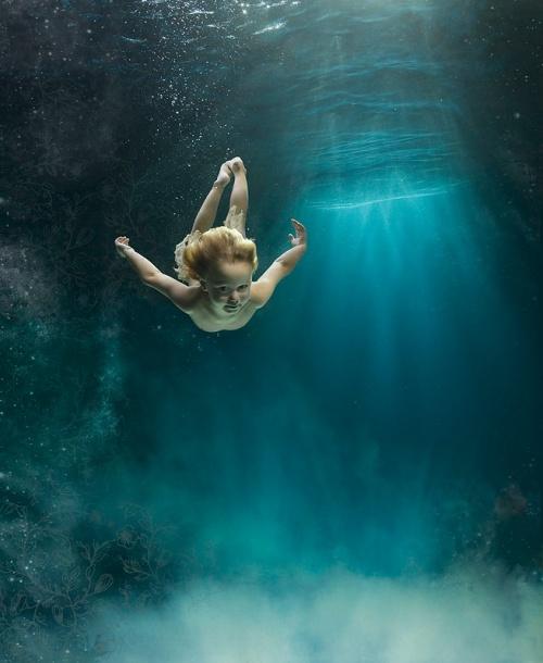 Дети под водой (31 фото)