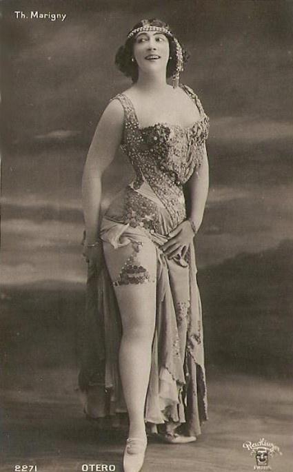 Танцовщицы в обнаженке фото 620-113
