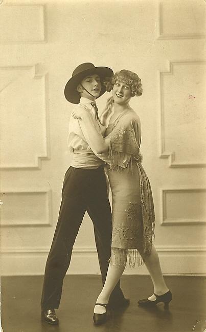 Танцовщицы в обнаженке фото 620-427
