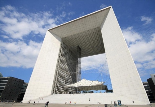 Необычные архитектурные сооружения (84 фото)