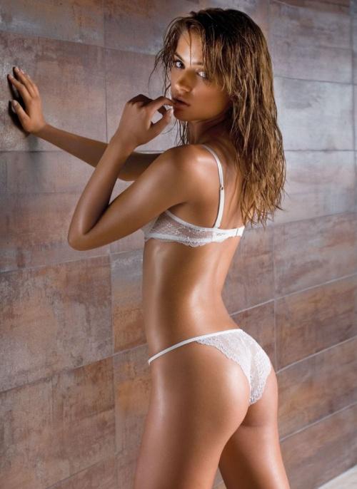 Девушки в красивом нижнем белье (35 фото) (1 часть)