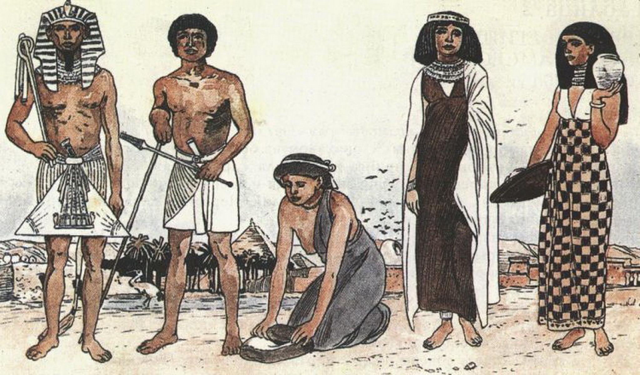 Ходить ногами по рабам онлайн 21 фотография