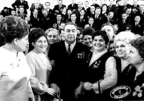 Леонид Ильич Брежнев (60 фото)