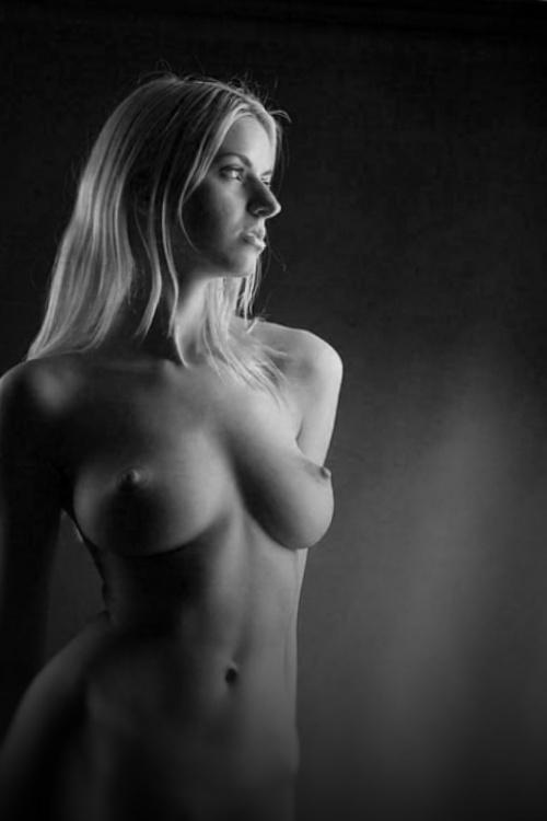 Мастерство фотографии в стиле Ню - часть 15. NUDEBOX-01 (37 фото) (эротика