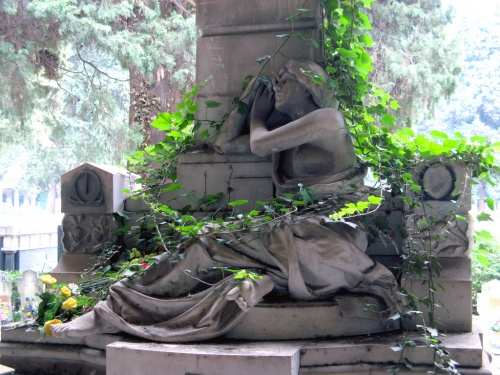 Шедевры с кладбищ - надгробия, скульптуры,склепы, пантеоны (268 фото)