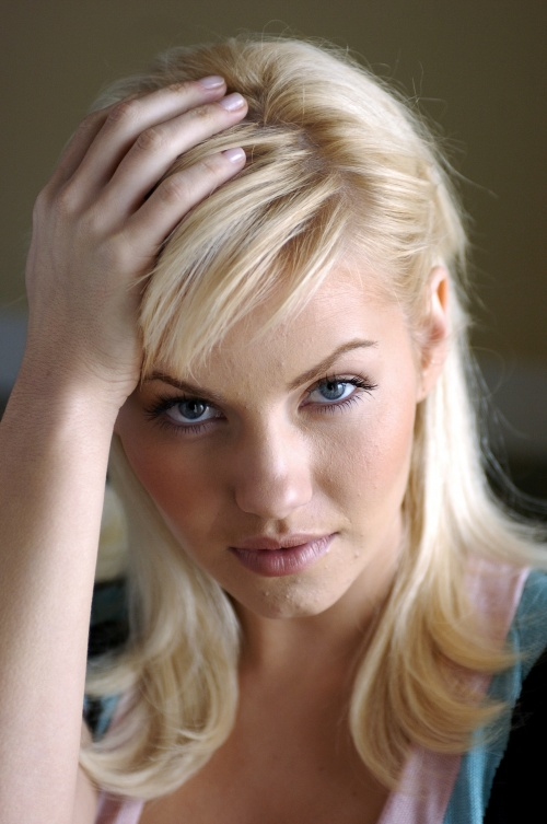 Elisha Cuthbert - Five HQ Photos (6 фото)